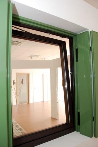 Vendita e installazione finestre a vicenza tuttoinfissi - Porte e finestre vicenza ...